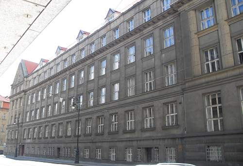 PRAG-SS (5).jpg