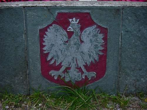 Katyn memorial 3.jpg
