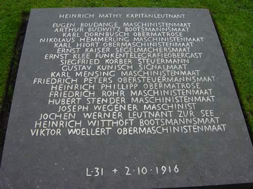 Cannock Chase German Cemetery 006.jpg