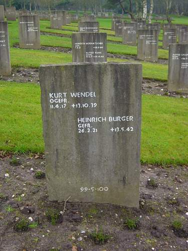 Cannock Chase German Cemetery 010.jpg