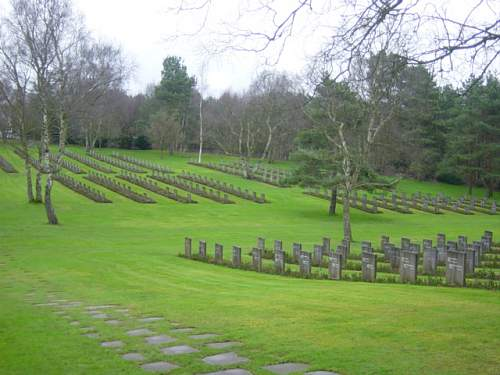 Cannock Chase German Cemetery 013.jpg