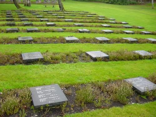 Cannock Chase German Cemetery 015.jpg