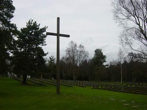 Cannock Chase German Cemetery 018.jpg