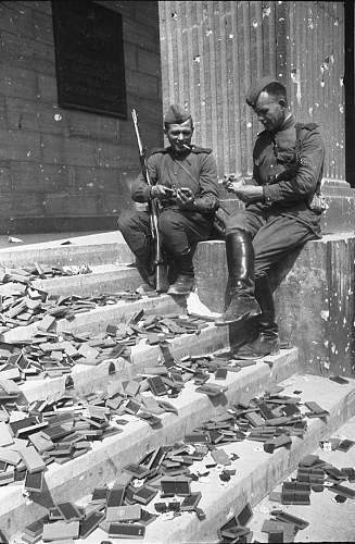World-War-2-Germany-Berlin-061.jpg