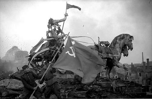 World-War-2-Germany-Berlin-010.jpg