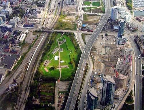 Click image for larger version.  Name:fort_york.jpg Views:0 Size:91.0 KB ID:596180