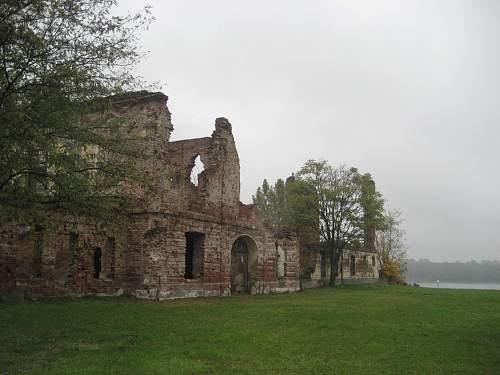 Click image for larger version.  Name:Castle_Eltz,_Vukovar3.jpg Views:0 Size:222.8 KB ID:596514