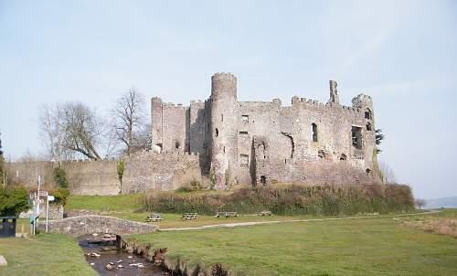 Laugharne Castle.jpg