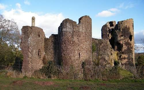 Grosmont castle.jpg