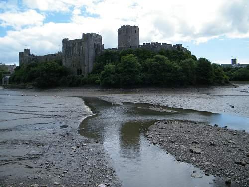 Pembroke castle.jpg
