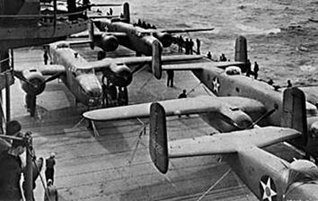 B-25s_onHornet.jpg