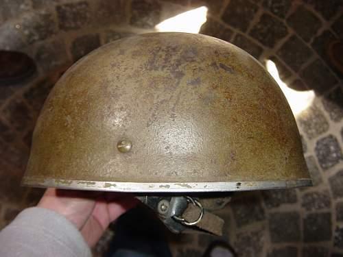 Museum. British para helmet..jpg