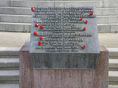 Click image for larger version.  Name:Befreiungsdenkmal_11.JPG Views:1 Size:176.9 KB ID:679877