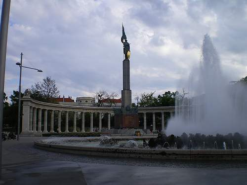 Click image for larger version.  Name:Befreiungsdenkmal_01.JPG Views:0 Size:88.8 KB ID:679878