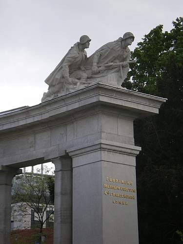 Click image for larger version.  Name:Befreiungsdenkmal_05.JPG Views:1 Size:94.2 KB ID:679882