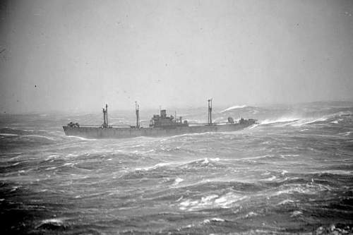 Click image for larger version.  Name:arctic_convoy_1497358.a3tzemhsc9c84oc8g8s84oss0.ejcuplo1l0oo0sk8c40s8osc4.th.jpeg Views:3 Size:100.8 KB ID:680587