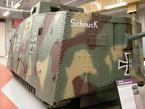 A7v sturmpanzerwagen (2).jpg