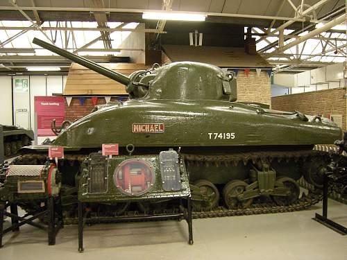 Sherman tank (2).jpg