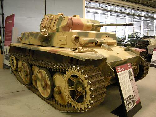 Luchs tank (3).jpg