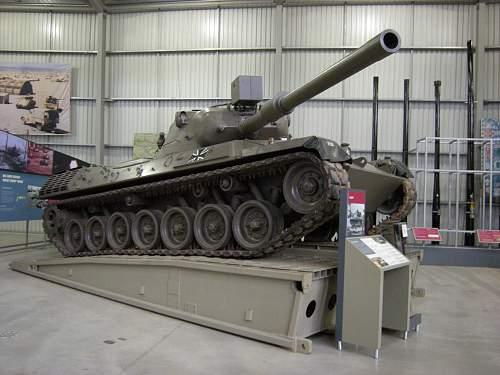 Leopard tank (3).jpg