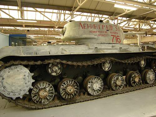 Kv1b heavy tank (4).jpg