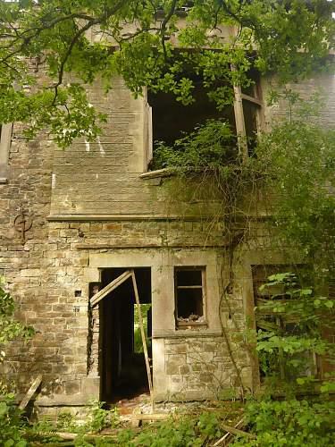 Bulge Pics : Leibstandarte Chateau Command Post.