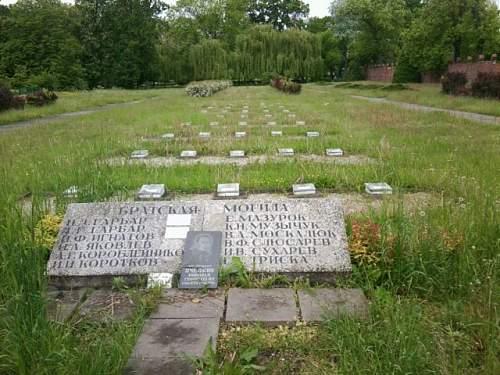 cmentarz 1.jpg