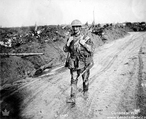 Click image for larger version.  Name:muddied_soldier.jpg Views:5 Size:86.2 KB ID:814110