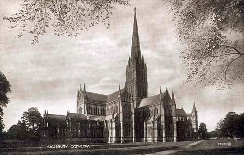 Click image for larger version.  Name:Wiltshire, Salisbury Cathedral 1910's.jpg Views:3 Size:137.1 KB ID:815477