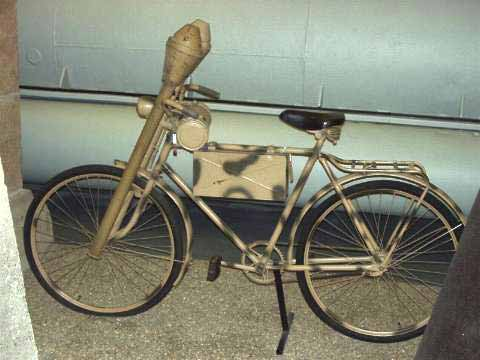 Click image for larger version.  Name:panzerfaust on a bike.jpg Views:73 Size:20.7 KB ID:833586