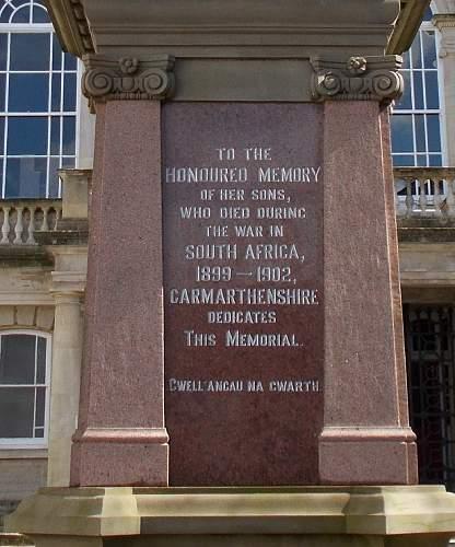 boer war memorial carmarthen town detail 2.jpg