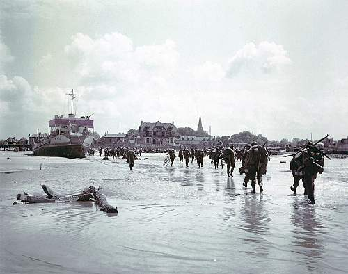 Click image for larger version.  Name:Troops-of-the-3rd-Canadia-001.jpg Views:0 Size:204.7 KB ID:866917