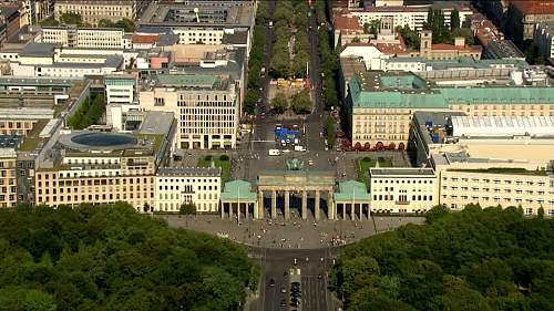 Click image for larger version.  Name:Berlin88.jpg Views:0 Size:83.9 KB ID:879627