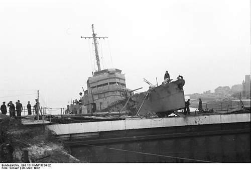 St_ Nazaire  HMS Campbeltown 3.jpg