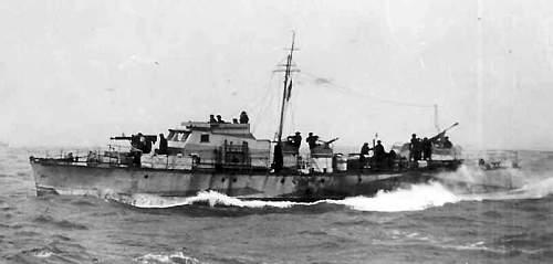 Motor_Gun_Boat_314.jpg