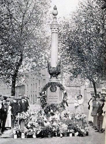 Bermondsey memorial22.jpg