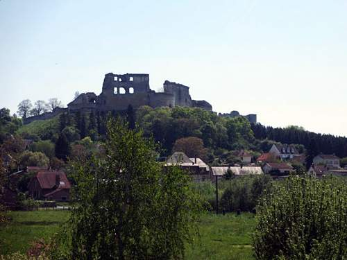 Click image for larger version.  Name:23-chateau-coucy.jpg Views:0 Size:130.4 KB ID:909284