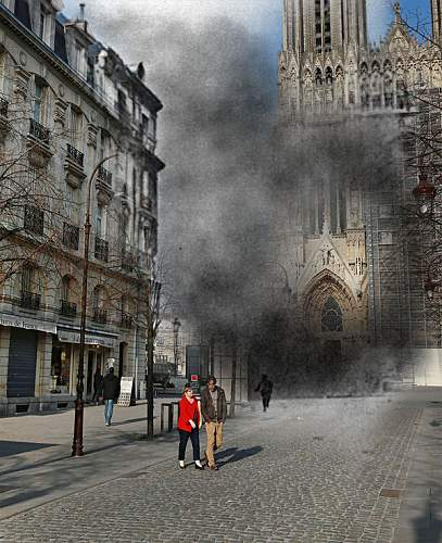 Click image for larger version.  Name:People-walk-near-Reims3.jpg Views:0 Size:164.9 KB ID:953341