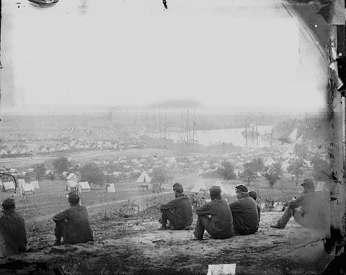 Click image for larger version.  Name:Cumberland LandingVirginia May 1862The army of the Potomac.jpg Views:0 Size:154.2 KB ID:972917