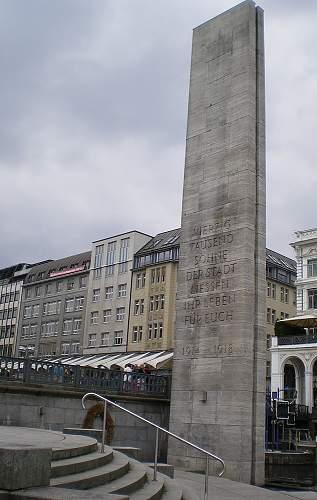 Click image for larger version.  Name:Hamburg_1914-18_1.JPG Views:1 Size:155.3 KB ID:976759