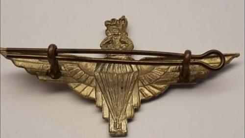 Identifying this British Parachute Regiment bagde.