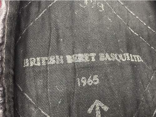 1965 para beret?