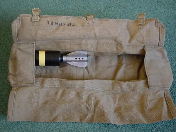 British Airborne 2 inch mortar round drop valise