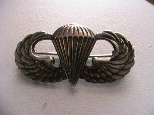 Help with Paratrooper wings