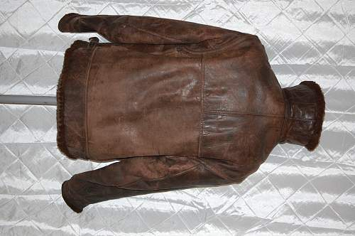 Help identify this bomber jacket