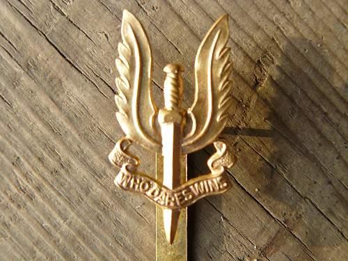 SAS cap badge