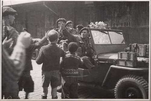 Orginal British Airborne Radio Jeep...