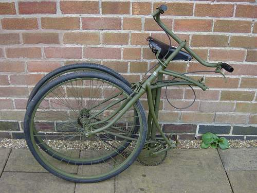 Click image for larger version.  Name:BSA Parabike folded..jpg Views:1353 Size:148.9 KB ID:32533
