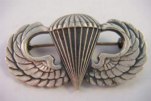 Help - WWII US Paratrooper qualification wings