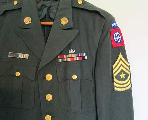 Click image for larger version.  Name:airbornetunic.jpg Views:294 Size:134.4 KB ID:541228